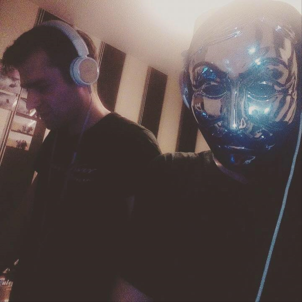 Dj Damagers Rave Music Madness Podcast