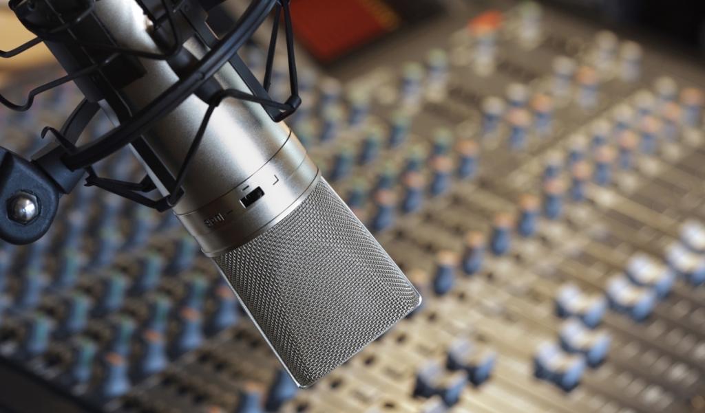 Lark Radio